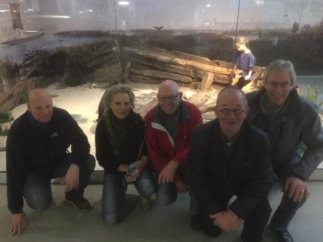 (V.r.n.l.) Ivo Wasser, Karin van den Berg, Gerrit van Oudenallen, Bas van Noort en Lex Albers